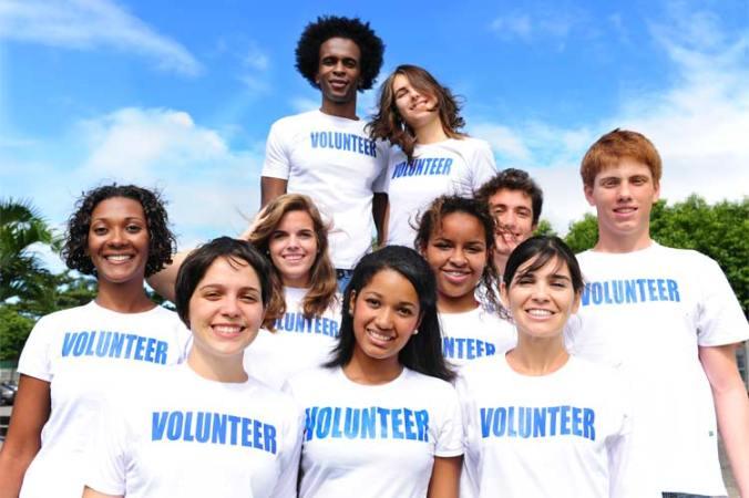 750x500-multi-ethnic-volunteer-group-114346197